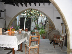 Here you can enjoy your breakfast under the arches at Stratos House in Cyprus